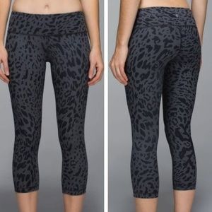 Lululemon Wunder Under Crop II Animal Swirl 6